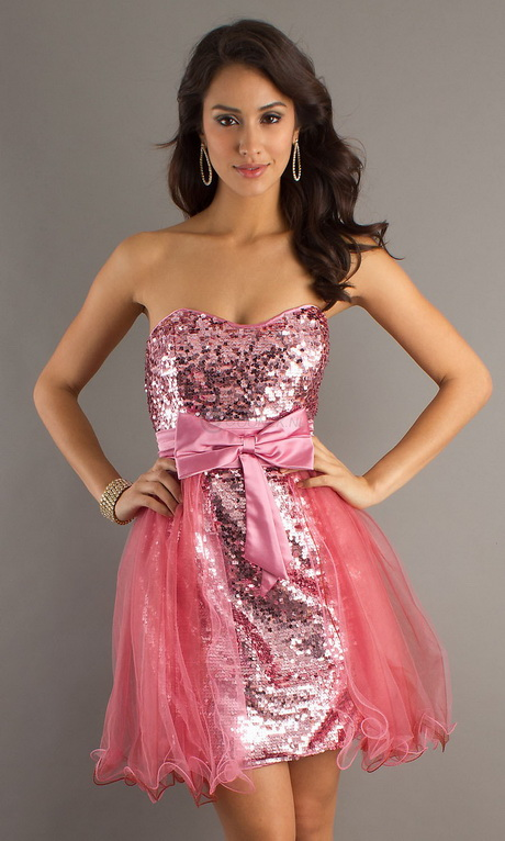 Whether you are looking for a short homecoming dress, cute semi-formal party dress, or a long formal dress, you will find homecoming and prom dresses by the top dress designers at PromGirl. We have a large selection of flirty, cute, and sexy short homecoming dresses and semi-formal dresses.