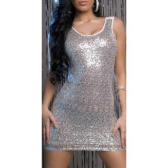 Zilveren jurk Met een zilveren jurk als feestelijke outfit maak je een onuitwisbare indruk. Zilverkleurige kleding is hét geheim van een bijzondere look voor speciale gelegenheden.